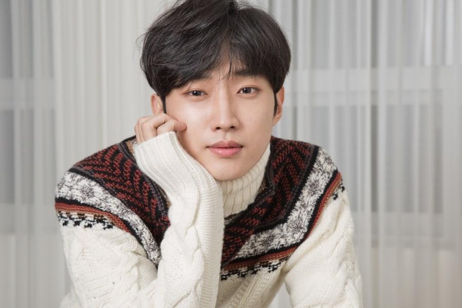 Jinyoung de B1A4 realizará su primer fan meeting en Corea luego de firmar con nueva agencia