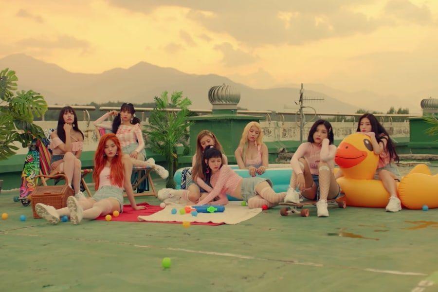 """[Actualizado] DIA regresa con el vídeo musical de """"WooWoo"""" y varias canciones de lado b escritas por ellas mismas"""