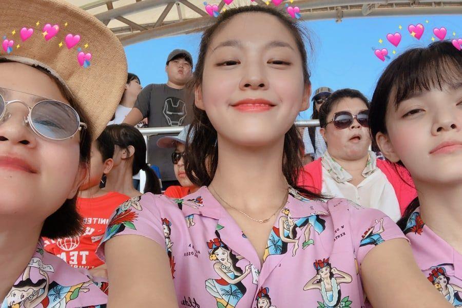 Kim Shin Young y Seolhyun y Jimin de AOA muestran su amistad en fotos de vacaciones