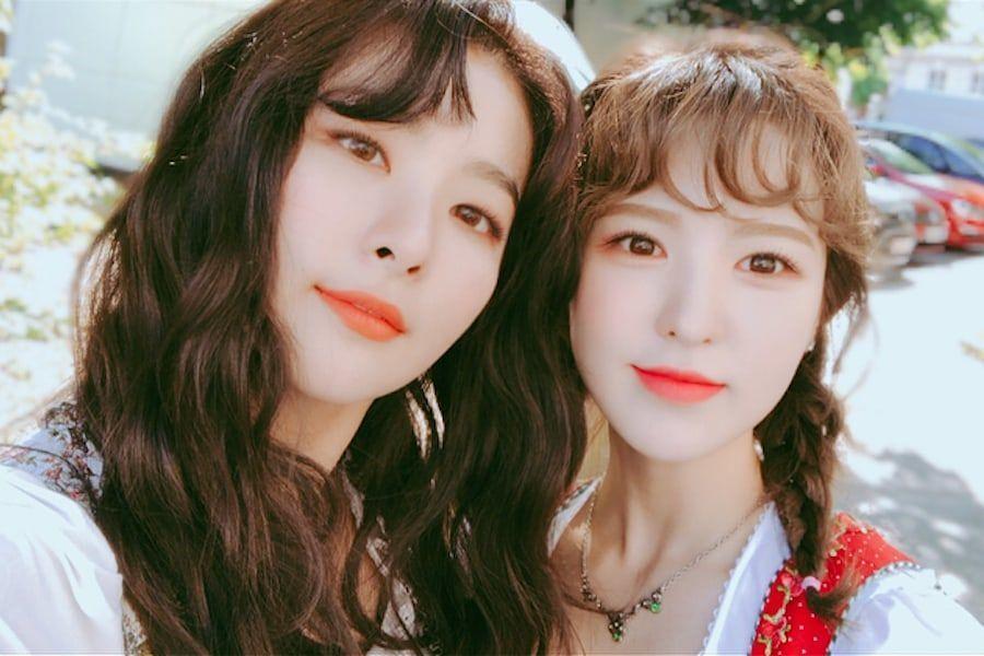 Seulgi y Wendy de Red Velvet van en un divertido paseo en parapente