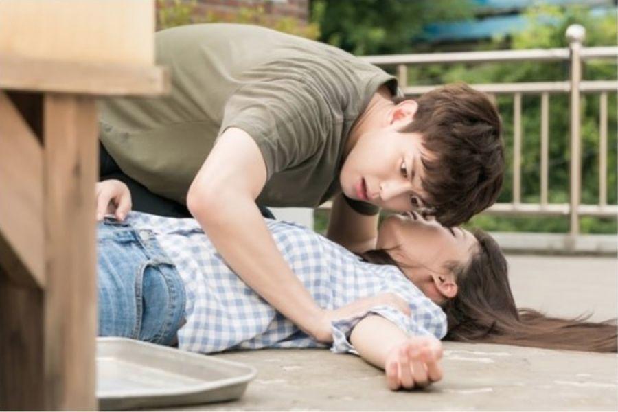 """Hongbin de VIXX realiza RCP a una inconsciente Yoon So Hee en """"Witch's Love"""""""