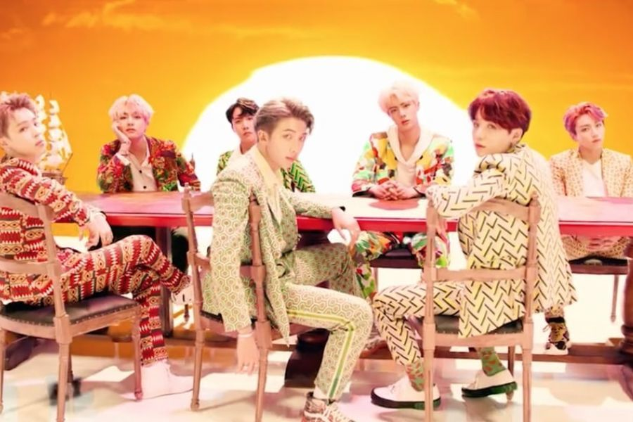 """BTS trae la tradición coreana al escenario mundial con el impresionante MV de """"IDOL"""""""