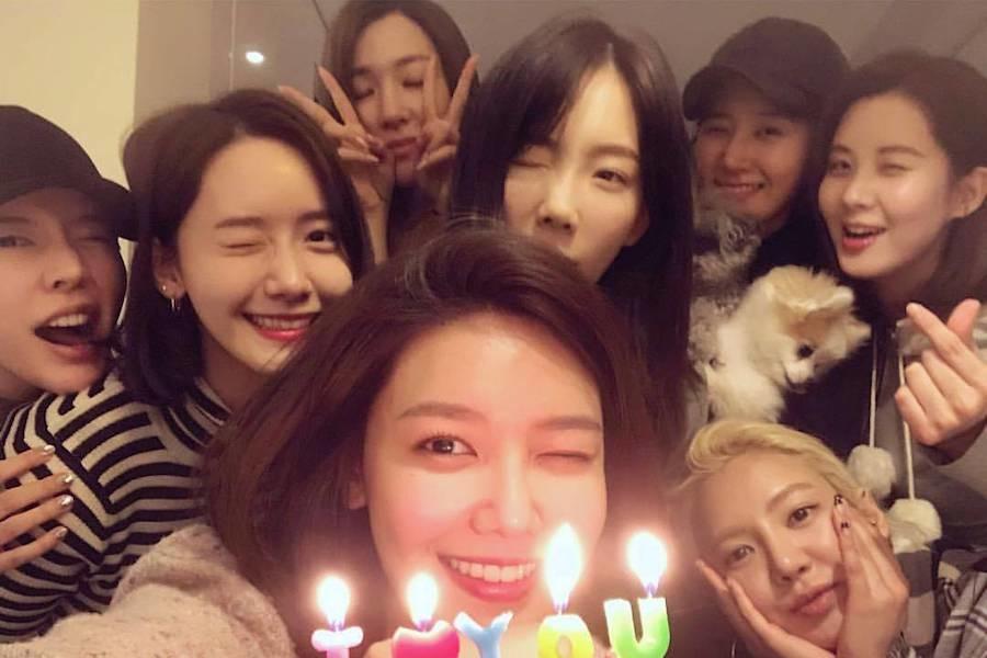 """Girls' Generation demuestra su fuerte lazo a través de apoyo alimentario para el drama de Seohyun """"Time"""""""
