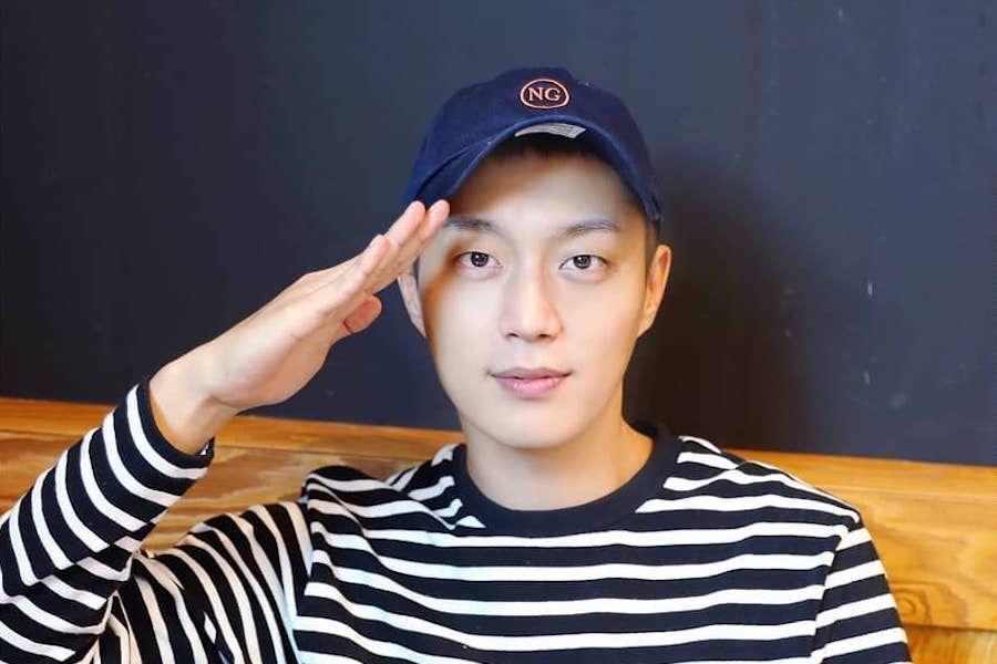 Yoon Doojoon de Highlight envía una carta sincera a los fans desde el servicio militar