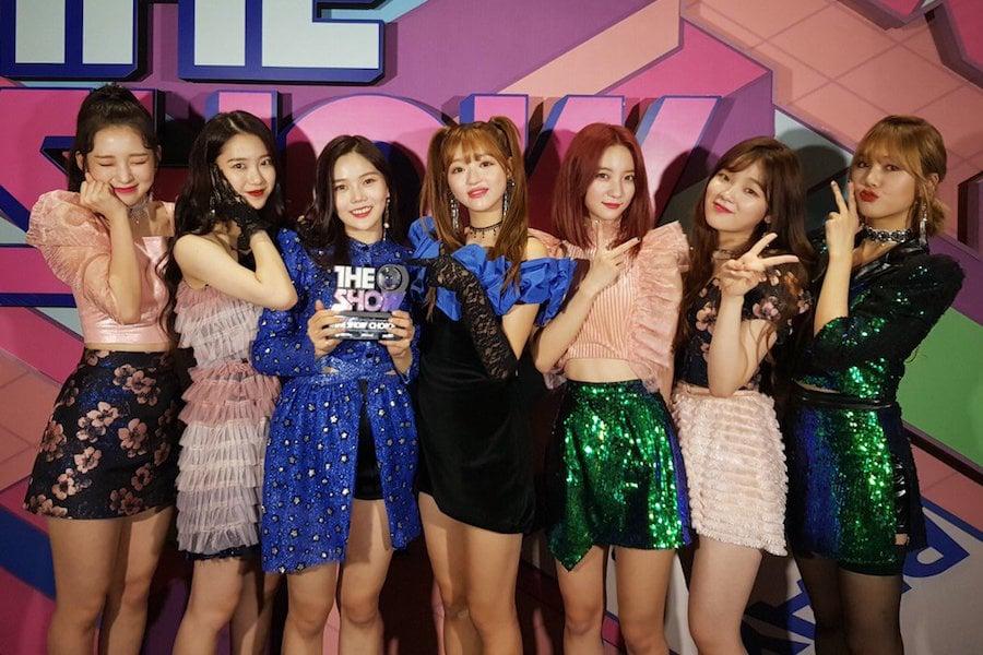 """Oh My Girl consigue primera victoria para """"Remember Me"""" en """"The Show"""", actuaciones de Nam Woohyun, PENTAGON y más"""