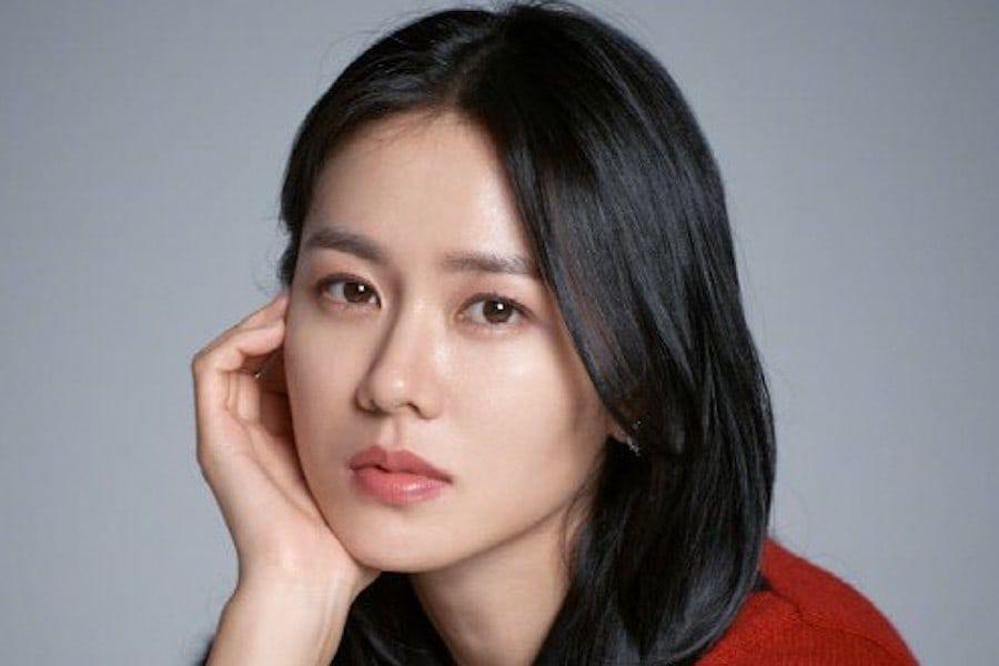 Son Ye Jin habla sobre pasar de la imagen del melodrama a la comedia romántica en la nueva película con Hyun Bin