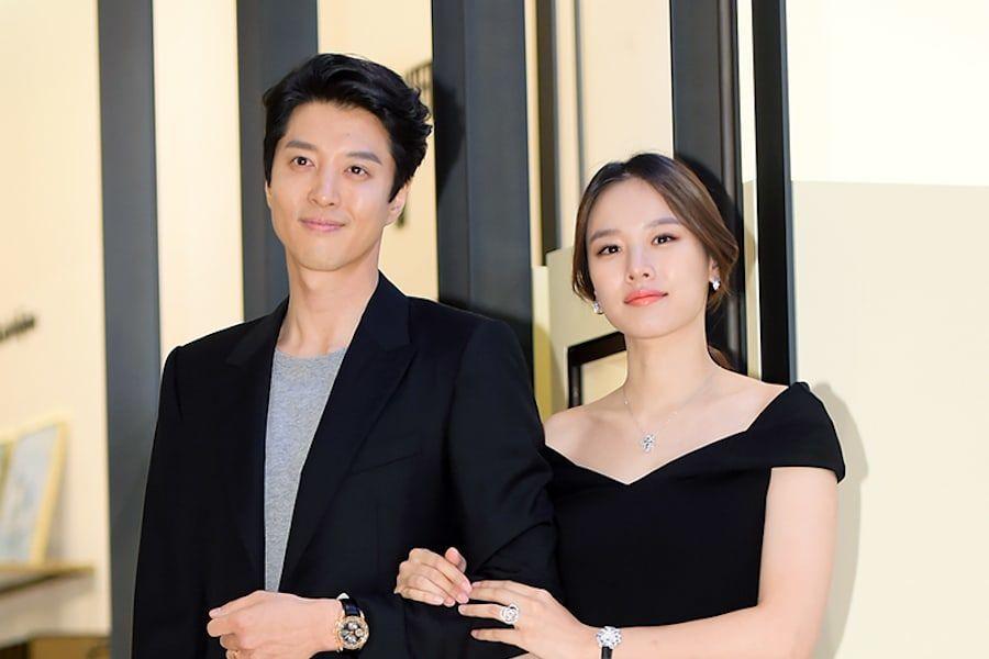 Lee Dong Gun revela por primera vez una foto adorable de su hija con Jo Yoon Hee