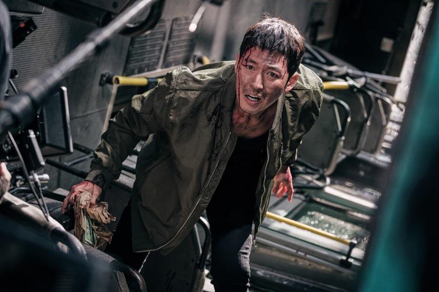 """Jang Hyuk es forzado a tomar una decisión difícil en una situación angustiosa en """"Bad Papa"""""""