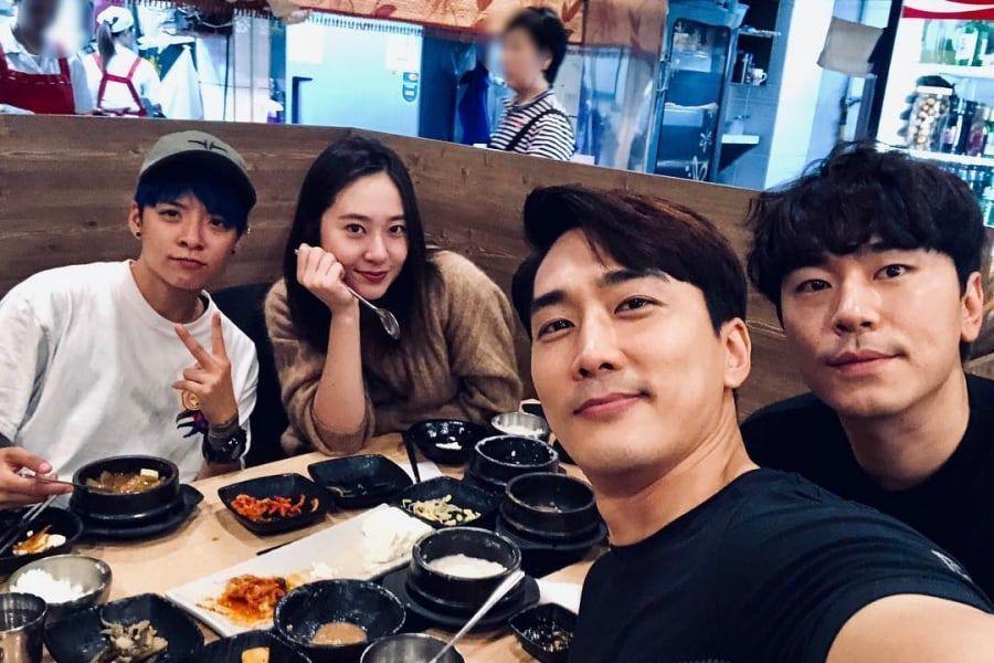 "Song Seung Heon bromea que Amber de f(x) es la 5ta integrante de su equipo ""Player"""