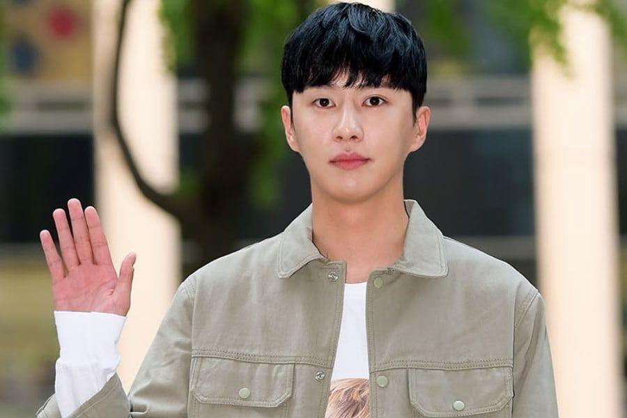 Lee Myung Hoon cambia su nombre a Lee Tae Kyung y firma con nueva agencia