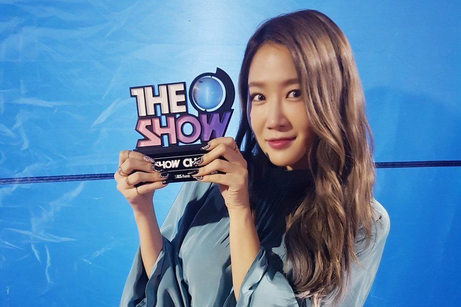 "Soyou logra la primera posición con ""All Night"" en ""The Show"", actuaciones de Oh My Girl, WJSN, y más"