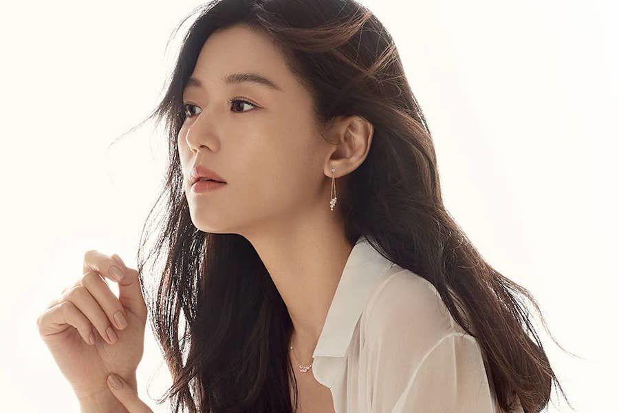 Jun Ji Hyun aborda informes de su regreso a la pantalla chica con drama de las hermanas Hong