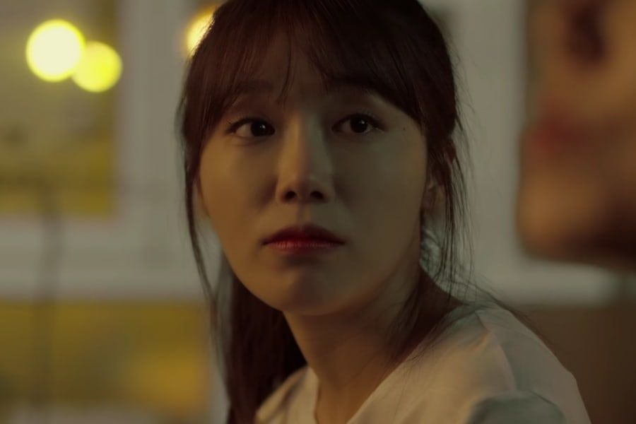 "Jung Eun Ji de Apink publica MV para ""Being There"""