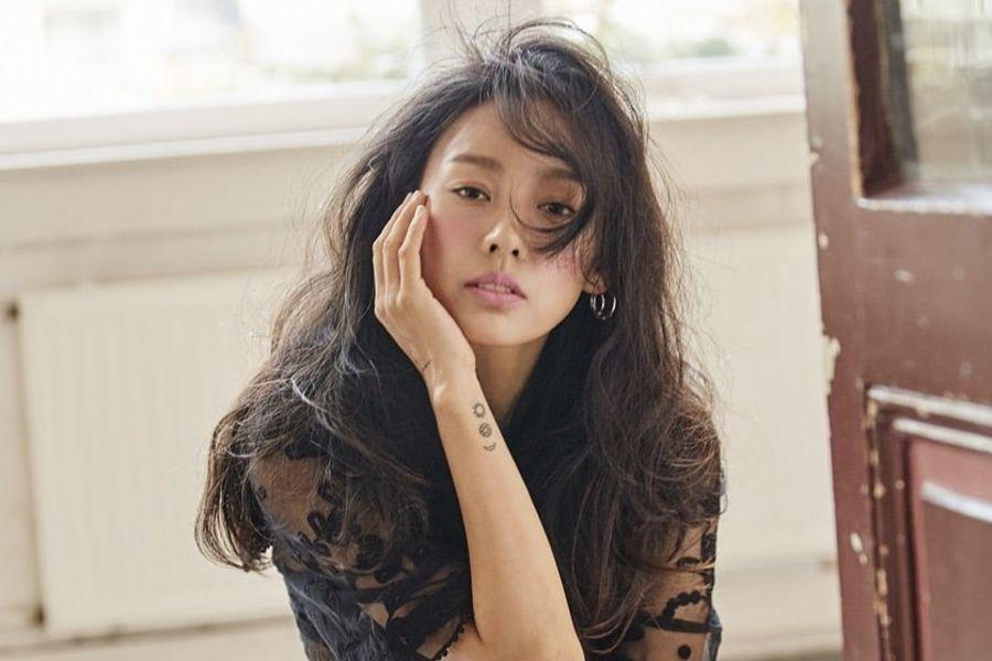 Fans están amando el nuevo corte de cabello de Lee Hyori