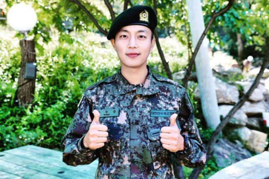 Yoon Doojoon de Highlight es asignado a unidad militar luego de completar su entrenamiento