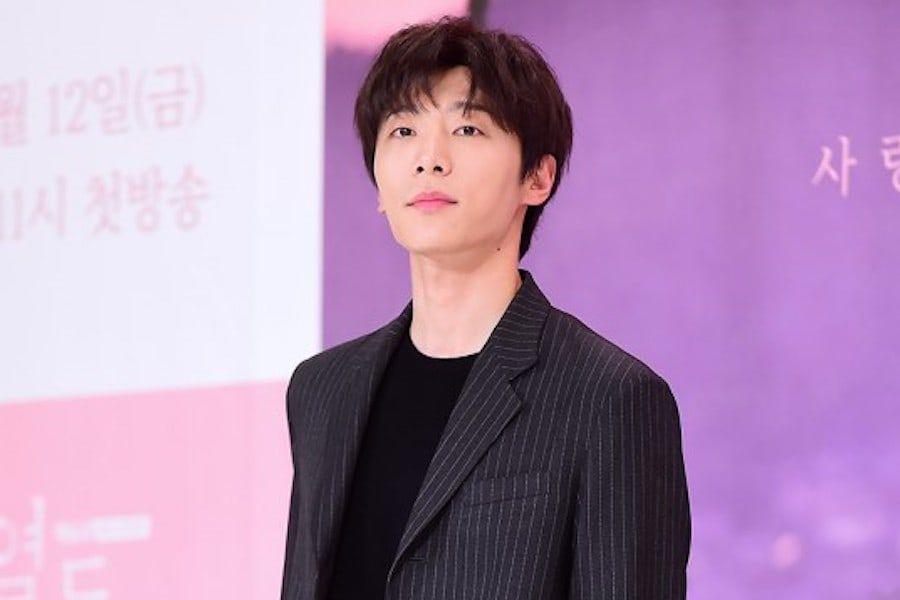 Shin Hyun Soo regresa al set de su drama después de una cirugía de emergencia