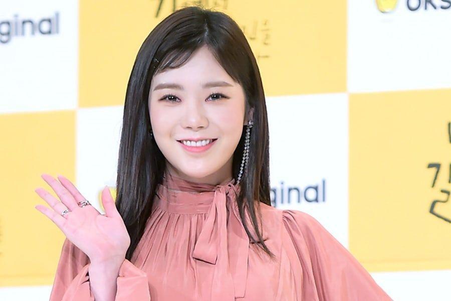 Park Soo Ah (Lizzy) comparte sus sentimientos al comenzar con un nuevo nombre y qué roles le gustaría interpretar en el futuro