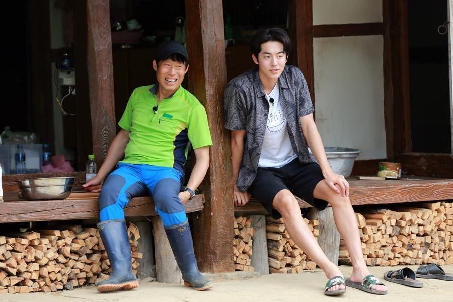 "Yoo Hae Jin expresa cariño por ""Three Meals A Day"" y Nam Joo Hyuk"