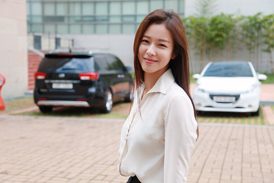 Kyung Soo Jin firma con YG Entertainment