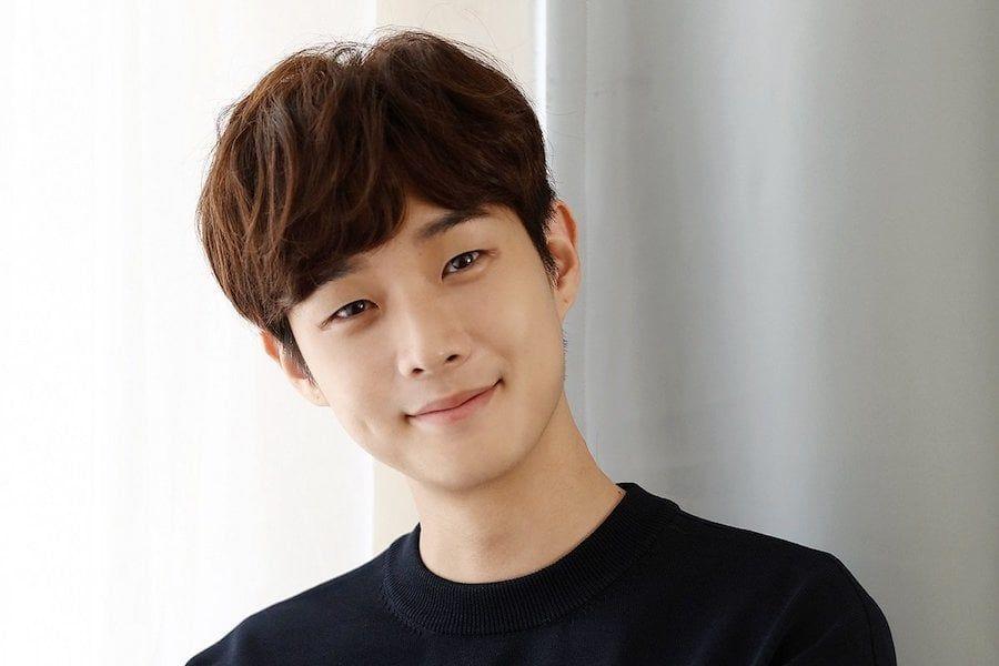 Choi Woo Shik se separa de JYP Entertainment + En conversaciones para unirse a Management SOOP
