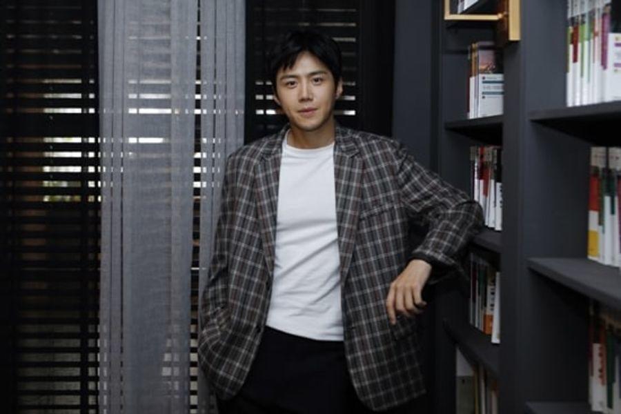 """Kim Seon Ho se encuentra en conversaciones para protagonizar la segunda temporada de """"Waikiki"""""""