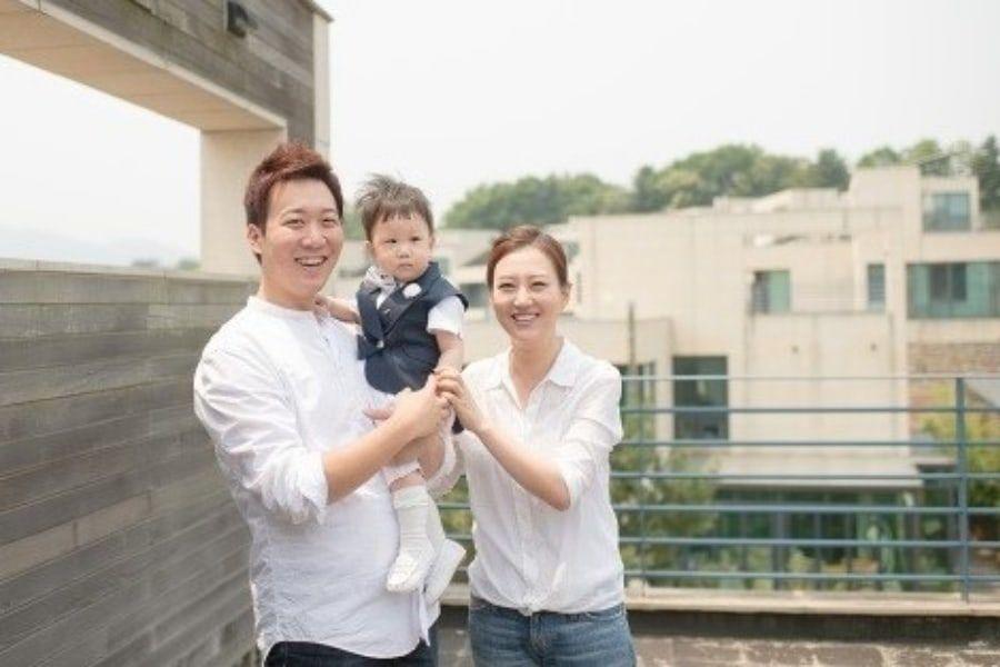 Jang Yoon Jung y Do Kyung Wan le dan la bienvenida a su 2º hijo