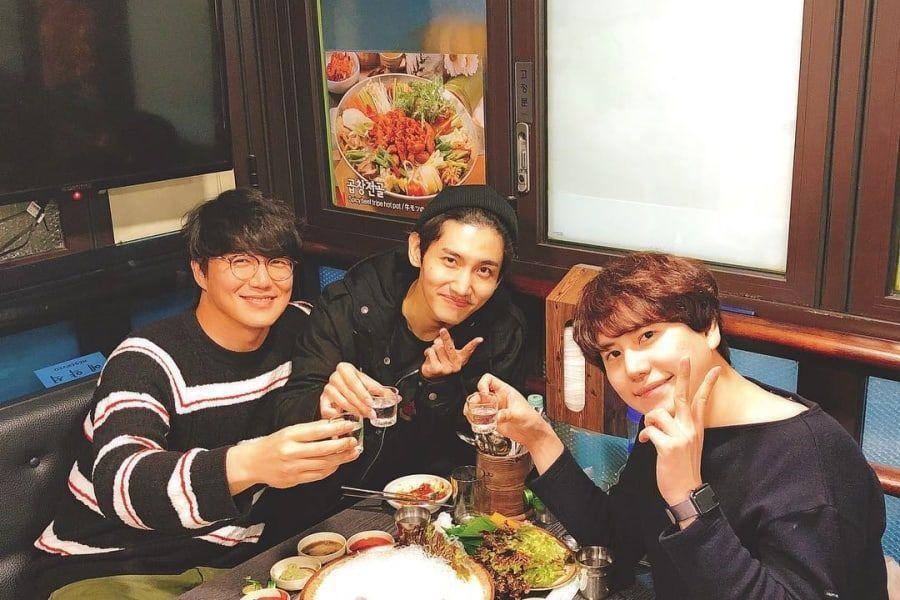 Changmin de TVXQ disfruta de la compañía de Kyuhyun de Super Junior y Sung Si Kyung