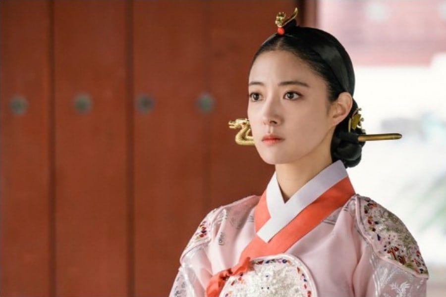 Lee Se Young es una reina de mente fuerte en el próximo drama histórico de Yeo Jin Goo