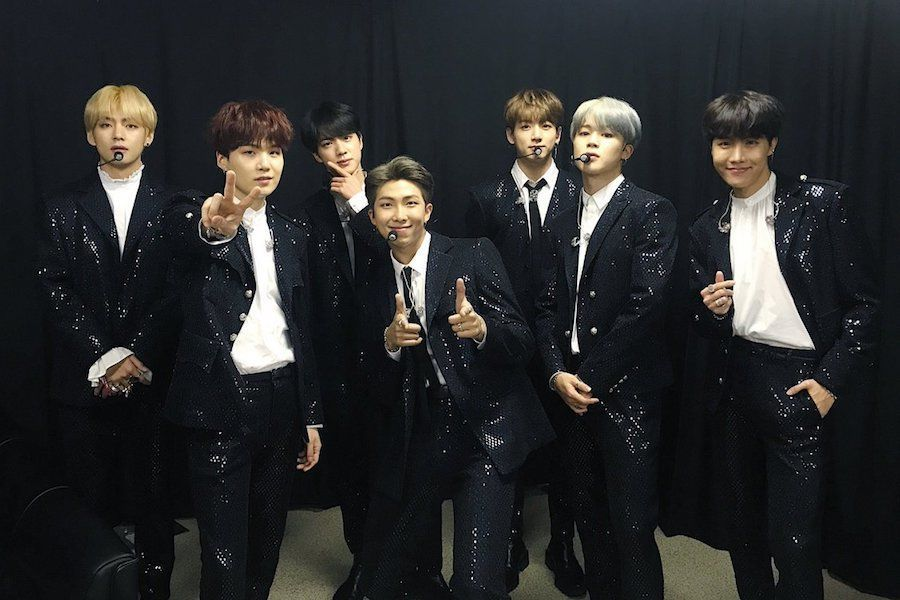 """La canción para fans de BTS """"2! 3!"""" encabeza la lista mundial de ventas de canciones digitales de Billboard"""