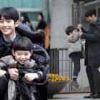 "Jung Hae In y Ha Yi Ahn comparten momentos adorablemente dulces detrás de cámaras de ""One Spring Night"""