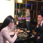 """IU da su mejor esfuerzo en intensas escenas de acción + Yeo Jin Goo hace lindas bromas en detrás de cámaras de """"Hotel Del Luna"""""""