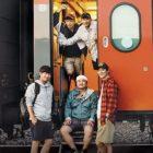 Lee Sun Gyun, Kim Nam Gil, Lee Sang Yeob y más son viajeros entusiasmados en carteles y avances de nuevo programa de variedades de tvN