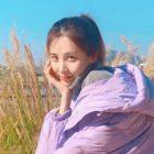 Seohyun de Girls' Generation muestra la chamarra que ayudó a diseñar con fotos a la moda