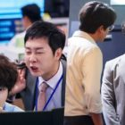 "Kim Ki Doo y Choi Dae Chul hacen miserable la vida de Yoon Shi Yoon en ""Psychopath's Diary"""