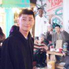 """El elenco de """"Itaewon Class"""" es juguetón pero profesional en el detrás de cámaras de la sesión de fotos de su póster"""