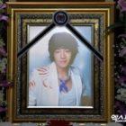 El padre de Moon Ji Yoon escribe una carta agradeciendo el apoyo tras la muerte de su hijo