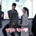 """Yoo Seung Ho, Lee Se Young y más se divierten mientras graban """"Memorist"""""""