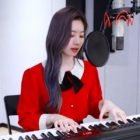 """Dahyun de TWICE celebra su cumpleaños dando un nuevo giro a """"Feel Special"""" mientras canta y toca el piano"""