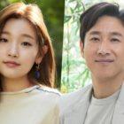 """Park So Dam le agradece a Lee Sun Gyun, coprotagonista de """"Parasite"""", por enviar regalo al set de su nuevo drama"""
