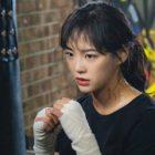 """Kim Sejeong de gugudan es un clásico personaje """"girl crush"""" en el nuevo drama de OCN"""
