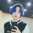 Jungkook de BTS emociona a los fans con un nuevo y vívido color de cabello