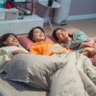 "Hong Eun Hee, Jeon Hye Bin y Go Won Hee disfrutan de una dulce fiesta de pijamas en ""Revolutionary Sisters"""