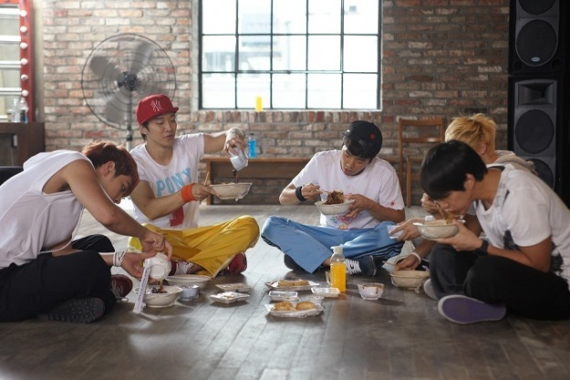 2PM Proudly Show Off Phones