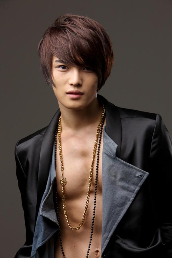 Celeb Style File: Kim Jaejoong