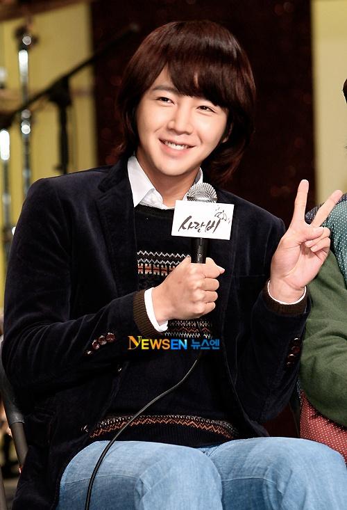 "Jang Geun Suk Has Donated $30,000 in a Month, ""Giving Back"""