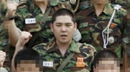 Kangin's Military Photo Surfaces!
