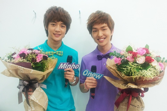 SHINee's MinHo and Onew Leave a Message of Thanks as they say Farewell to Music Core