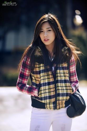 Plaid Princess (Kim Ha Yul)