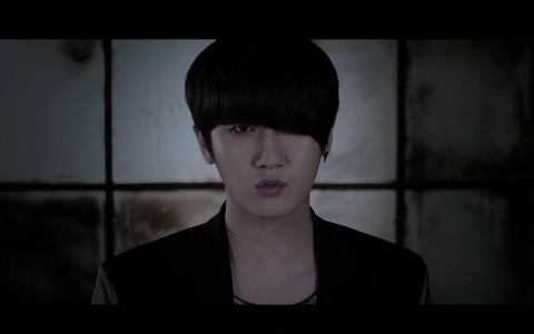 """Heo Young Saeng Releases Teaser for """"Crying"""""""