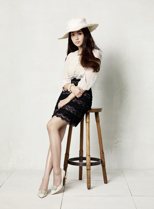Park Min Young for Compagna Clothing Brand (Spring '11)